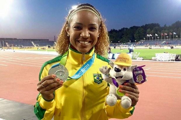 Keila Costa fatura prata no salto triplo e garante 6ª medalha para o atletismo
